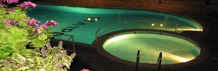 pool_night